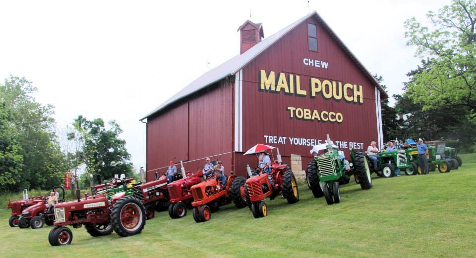 mail pouch barn lanesville, in